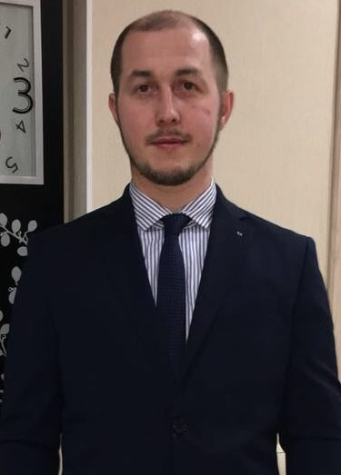 Мунавиров Алмаз Марсилович - руководитель департамента регионального развития Ассоциации предпринимателей-мусульман Российской Федерации, представитель АПМ РФ по РТ в г. Казани